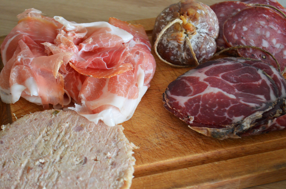 Halle anglet charcuterie