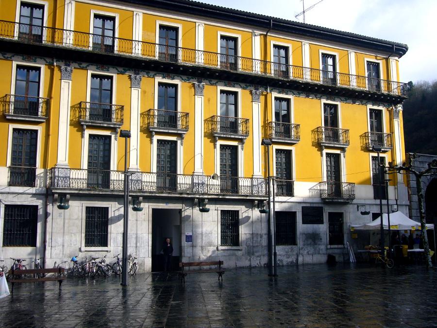 Tolosa facade