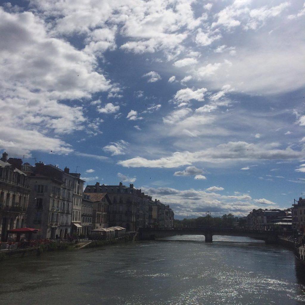 La cerise sur le b ret blog pays basque - La cerise sur le nuage ...